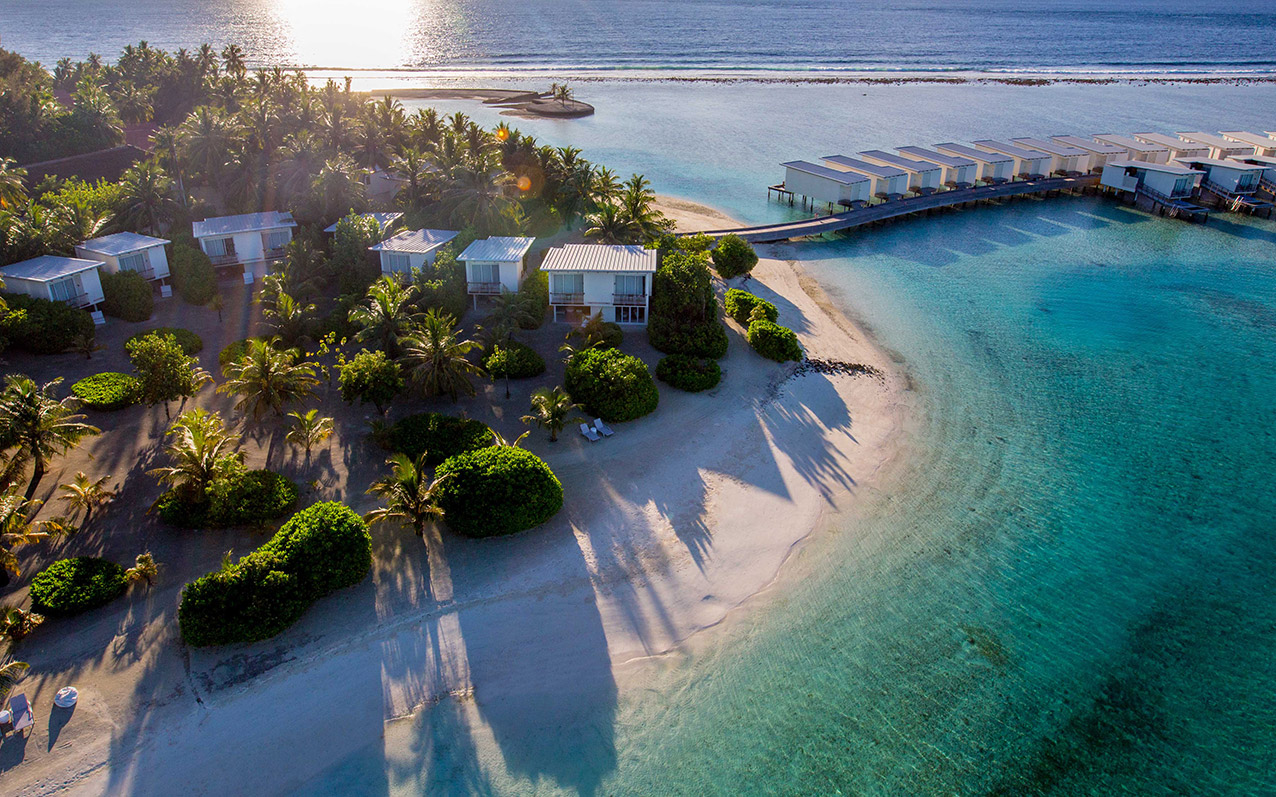 Plan & Save up to 20% at Holiday Inn Kandooma Maldives